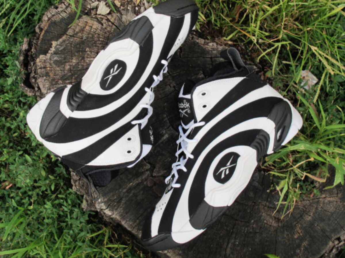 reeboq-shaqnosis-og-moes-sneaker-spot-early-release-event-05