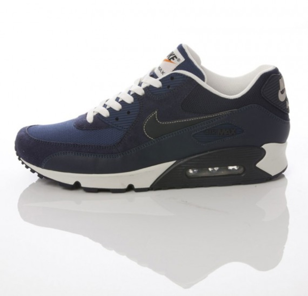 nike-sportswear-grey-navy-collection-09
