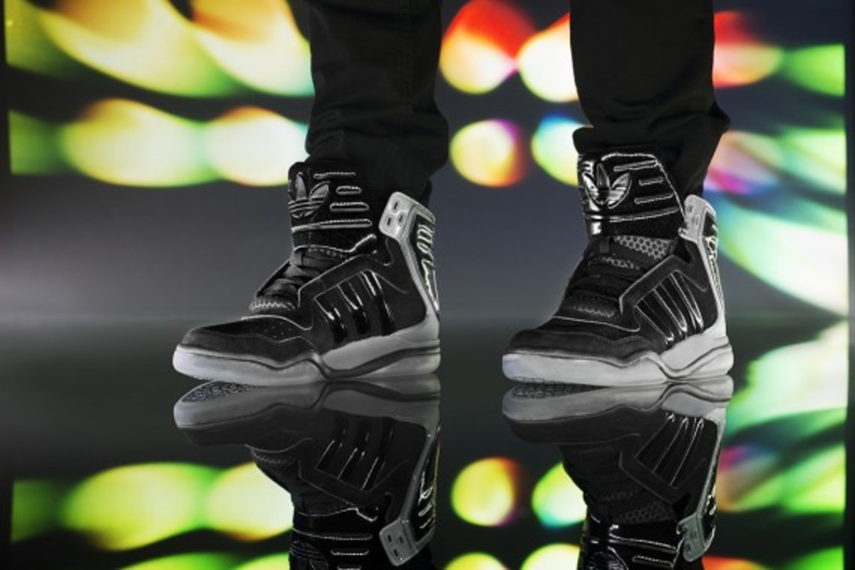 adidas-originals-tech-street-mid-13