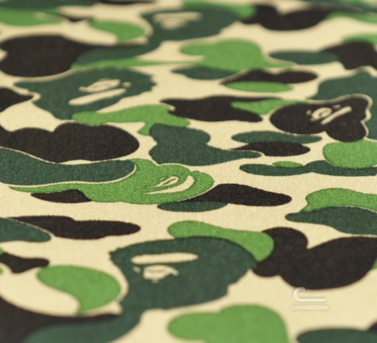 a-bathing-ape-medicom-toy-karimoku-bape-camo-furniture-17