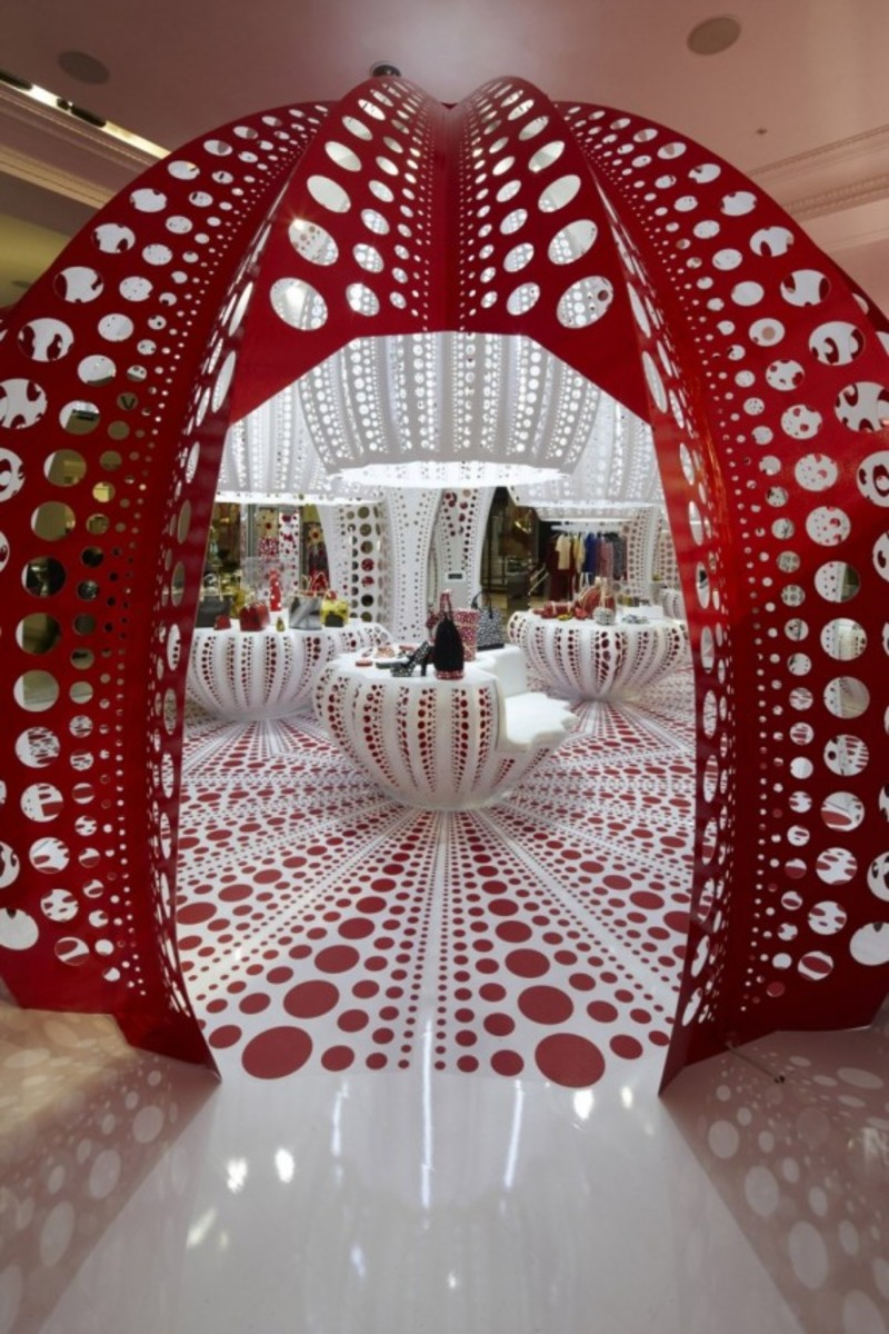 louis-vuitton-yayoi-kusama-x-selfridges-the-concept-store-2