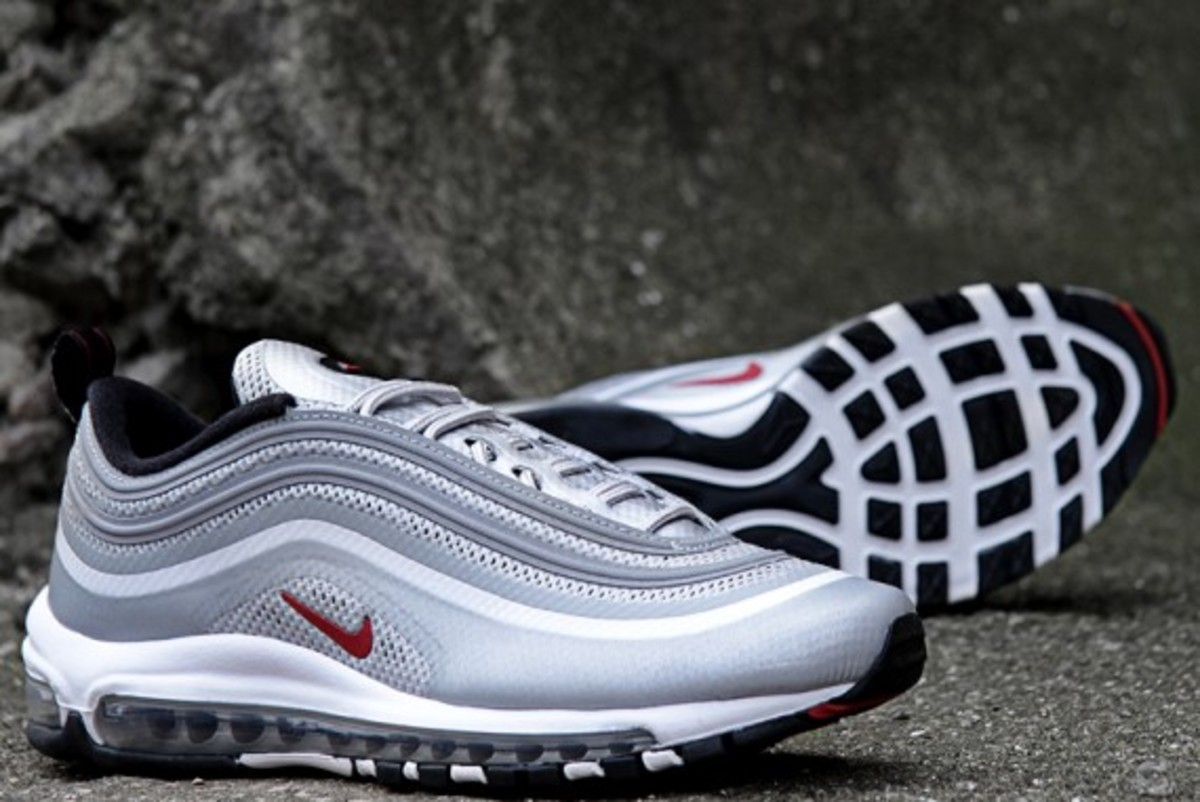 nike air max 97 hyperfuse metallic silver varsity red. Black Bedroom Furniture Sets. Home Design Ideas