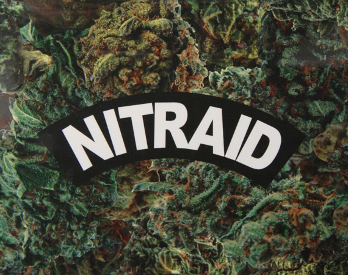 nitraid-dope-forest-luggage-00