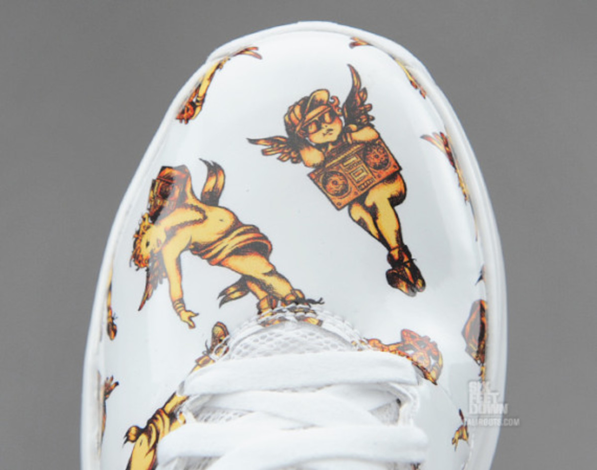 jeremy-scott-adidas-d-rose-3-5-available-09