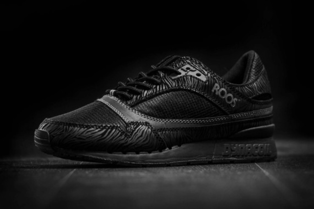 kangaroos-all-black-pack-04
