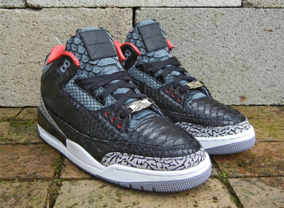 air-jordan-3-black-python-customs-by-jbf-customs-04