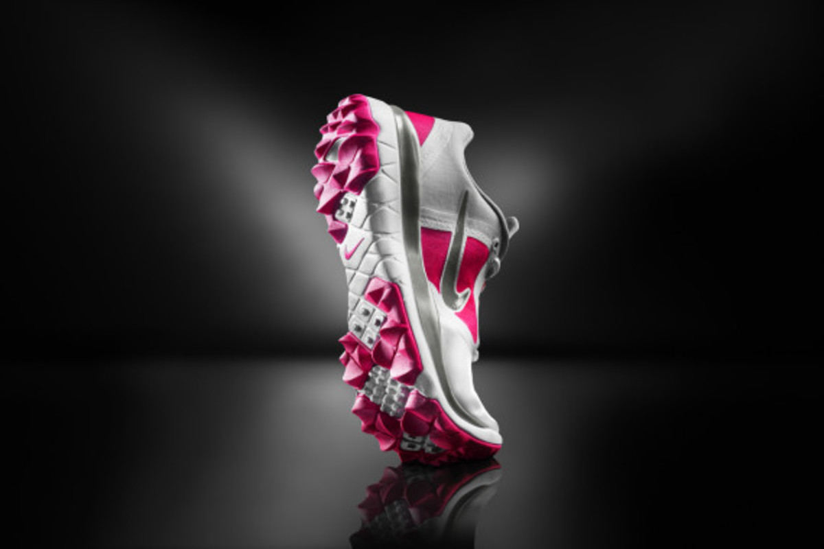 nike-golf-introduces-the-fi-impact-05