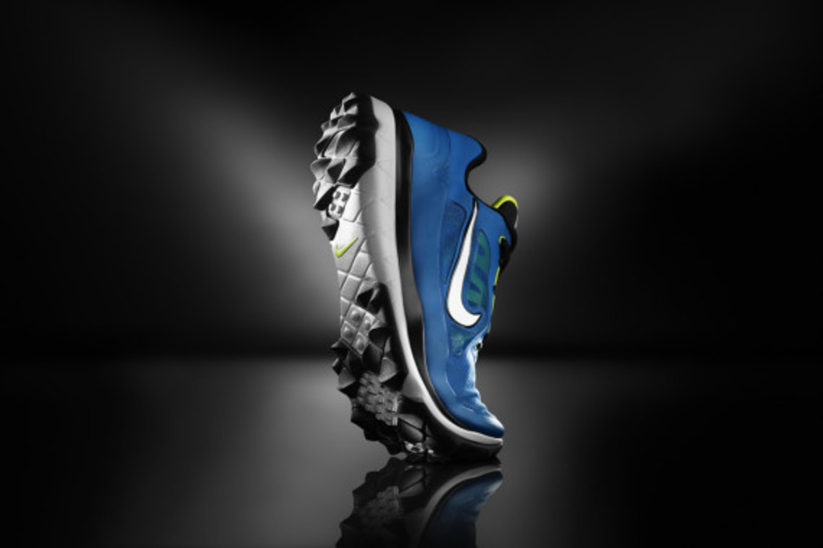 nike-golf-introduces-the-fi-impact-02