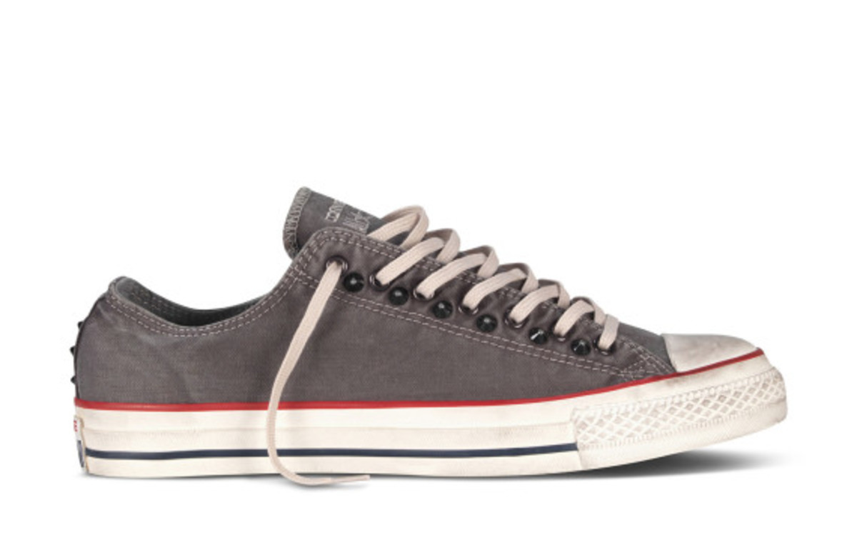 converse-chuck-taylor-all-star-collar-studs-fall-2013-collection-02