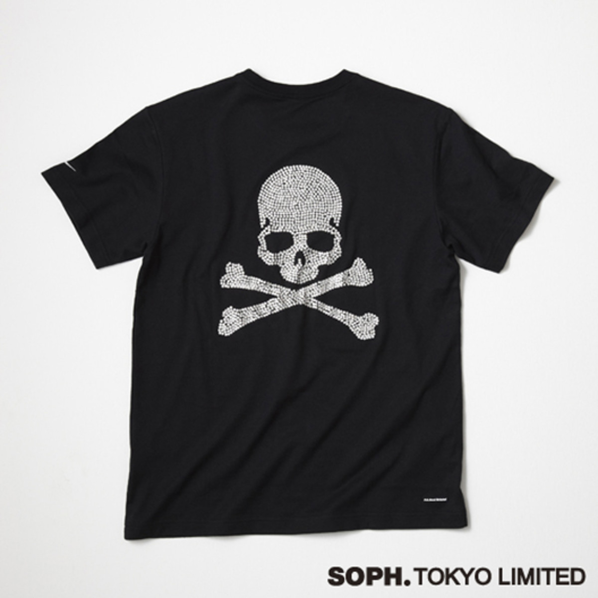 fcrb-mastermind-japan-soph-tokyo-13th-anniversary-collection-06