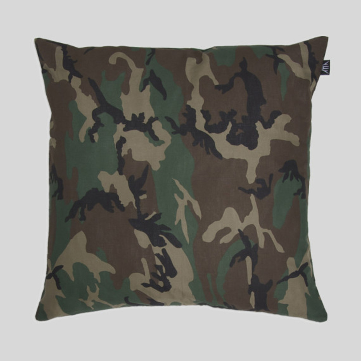 upper-playground-pillows-07