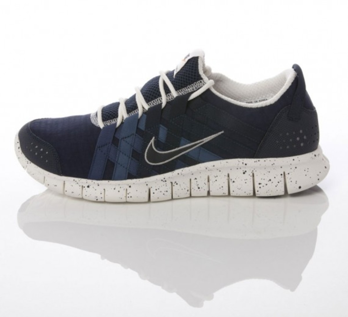 nike-sportswear-grey-navy-collection-11