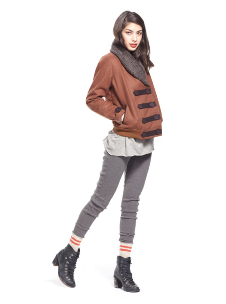 stussy-fall-2012-womens-collection-lookbook-10
