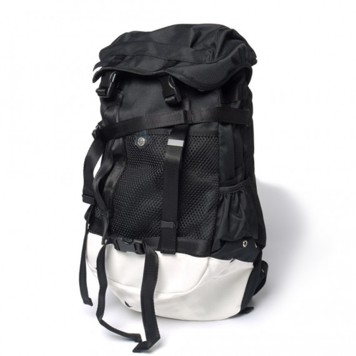 cash-ca-immun-recto-backpack-03