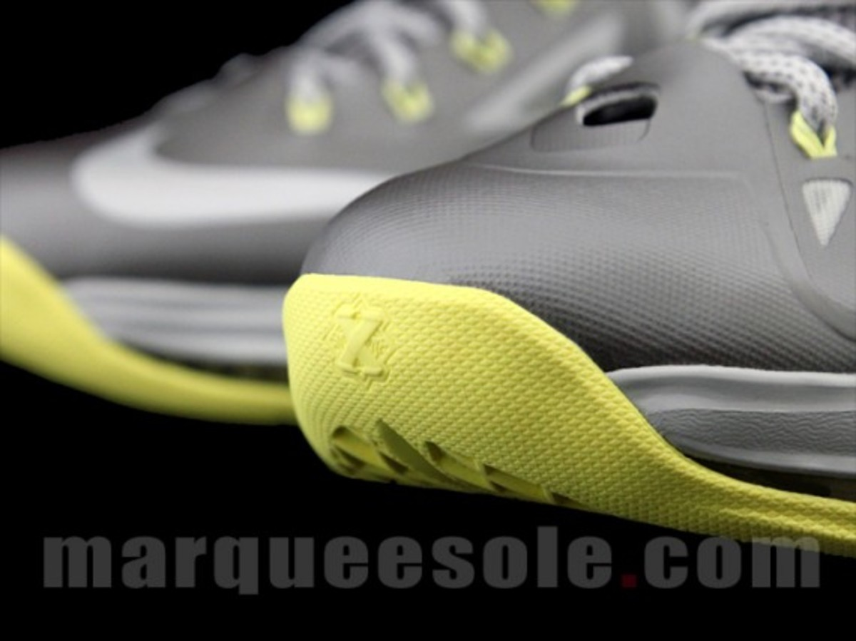 Nike-LeBron-X-Canary-Yellow-Diamond-Preview-09
