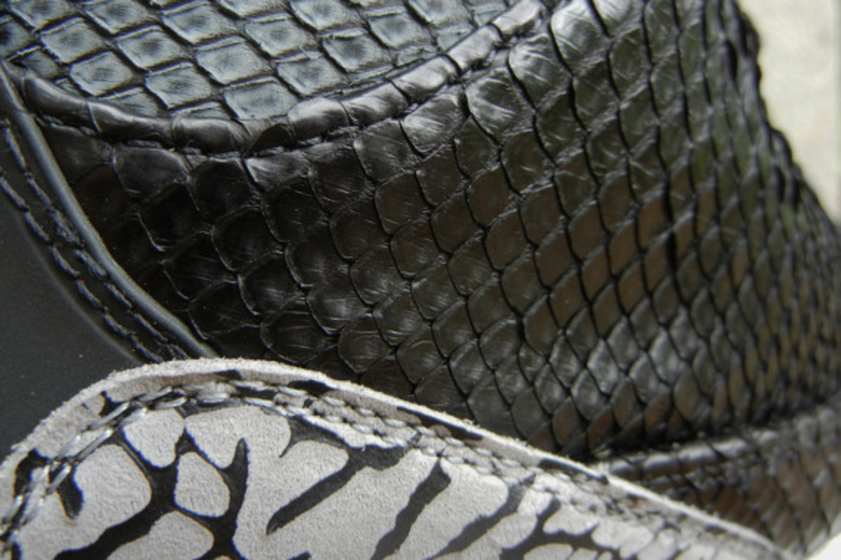 air-jordan-3-black-python-customs-by-jbf-customs-03