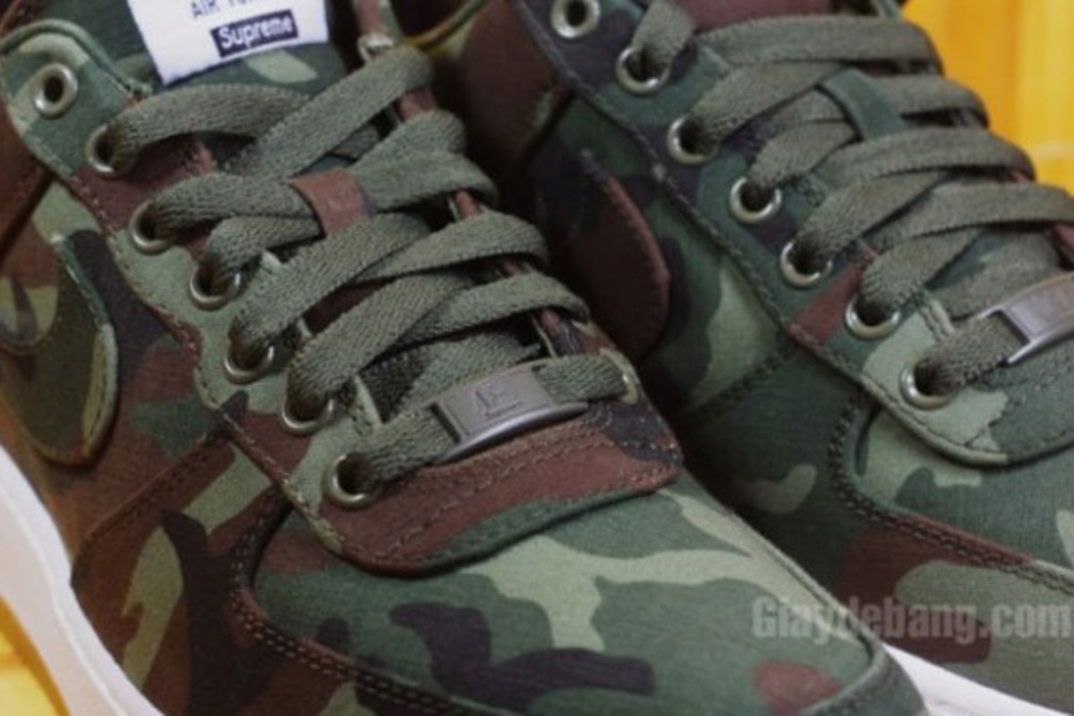 Supreme-Nike-Air-Force-1-Low-30th-Anniversary-Camo-04