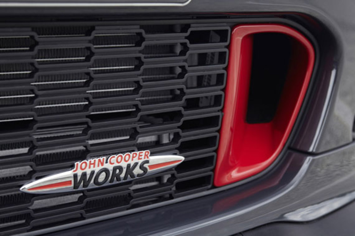 2013-mini-john-cooper-works-gp-12
