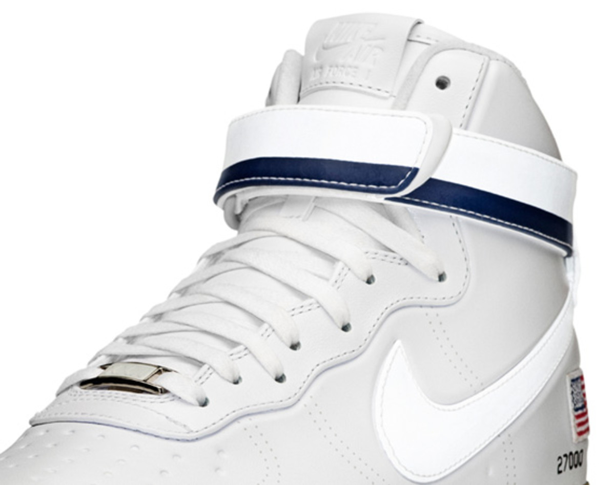 Nike-Air-Force-1-Hi-XXX-Anniversary-Presidential-Edition-14
