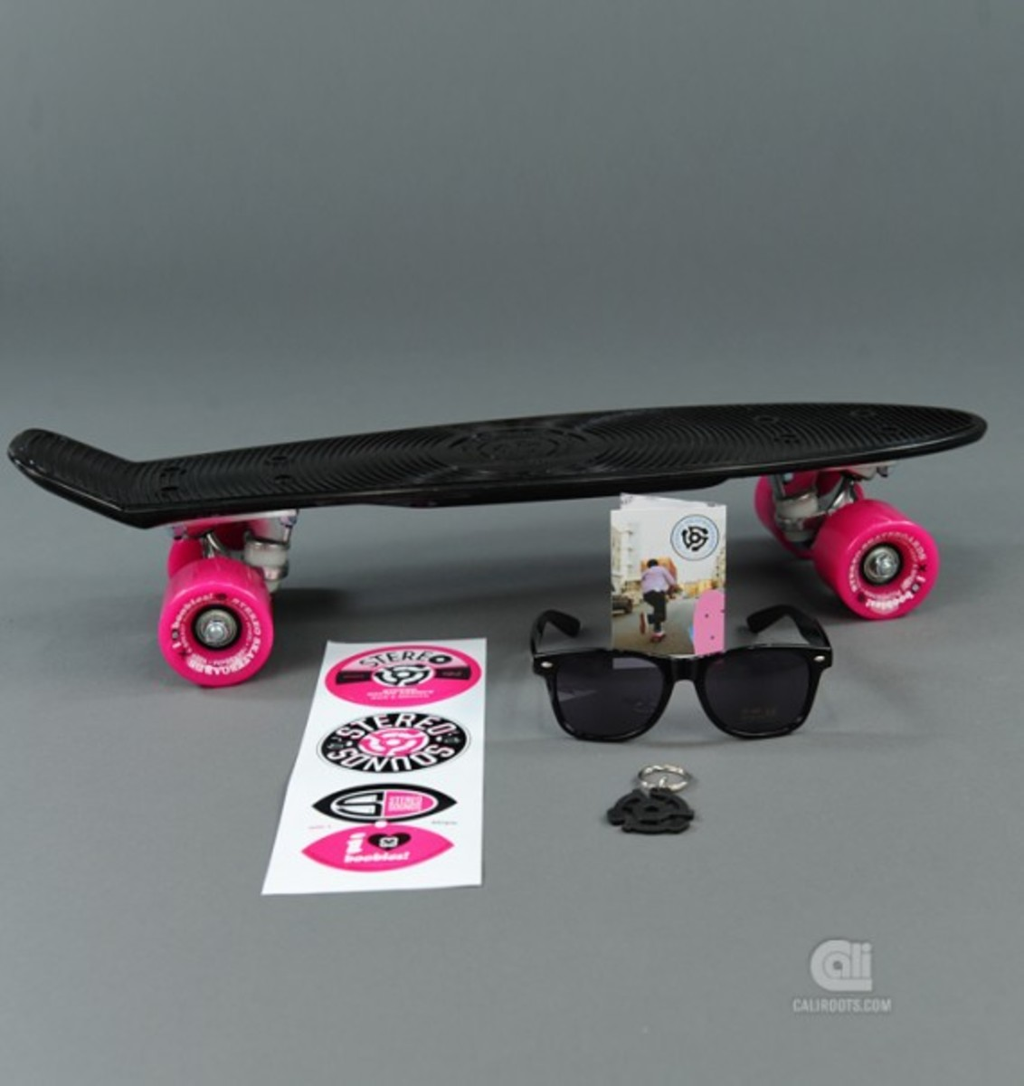 stereo-keep-a-breast-vinyl-cruiser-07