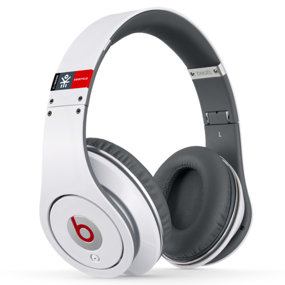 beats-by-dr-dre-studio-headphones-ekocycle-edition-william-coca-cola-01