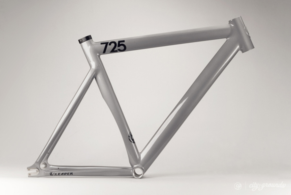 city-grounds-leader-2013-725-mid-ltd-fixed-gear-frame-02