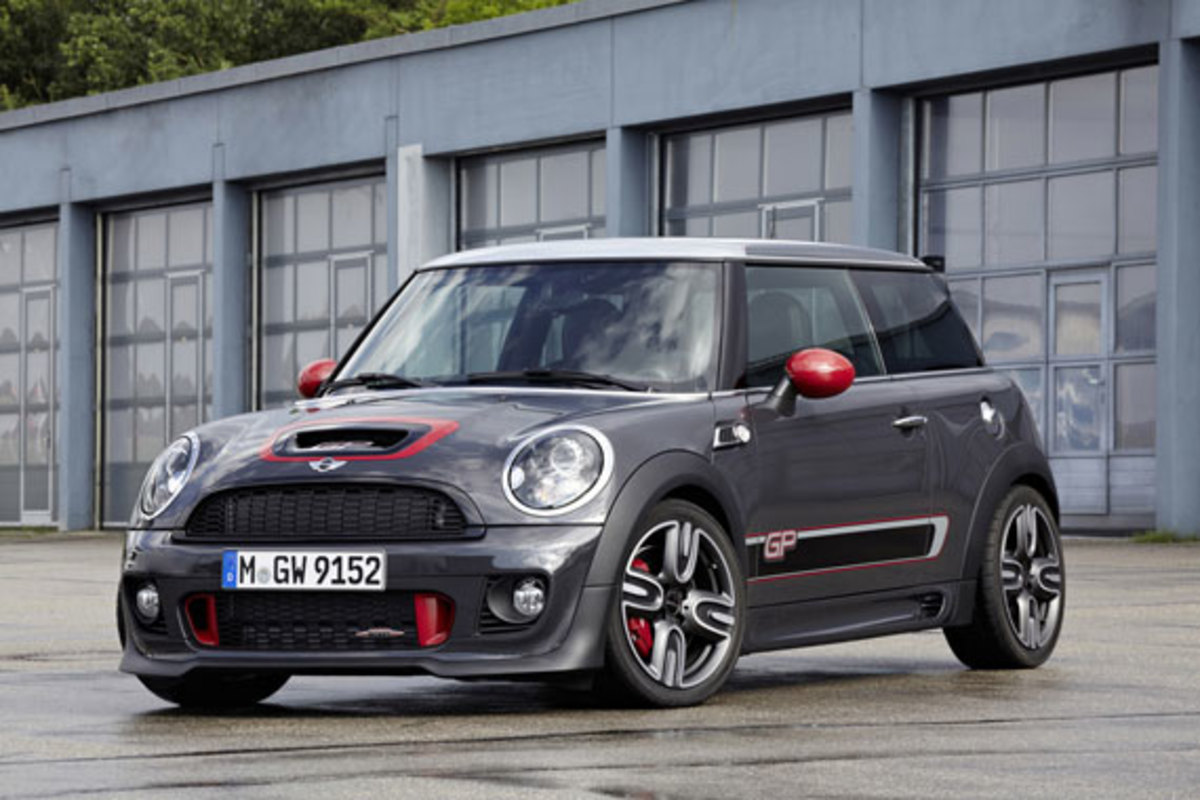 2013-mini-john-cooper-works-gp-02