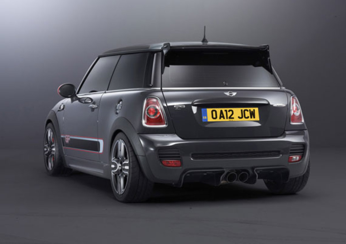 2013-mini-john-cooper-works-gp-20
