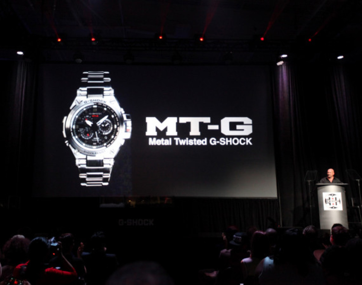 casio-gshock-mtg-s1000-metal-twist-g-shock-presentation-02