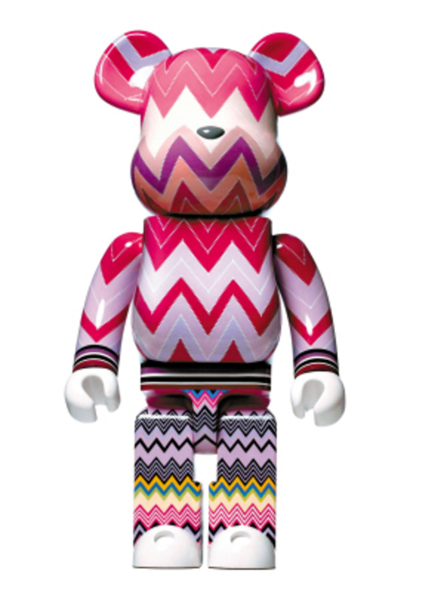 Love is Big Love is BE@RBRICK - Designers for Charity - 2