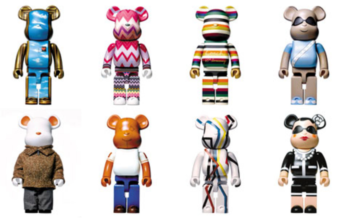 Love is Big Love is BE@RBRICK - Designers for Charity - 0