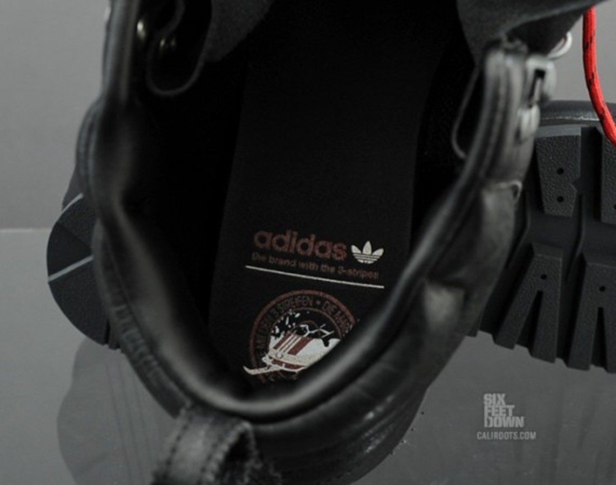 adidas-snowboarding-jake-blauvelt-boot-available-now-09