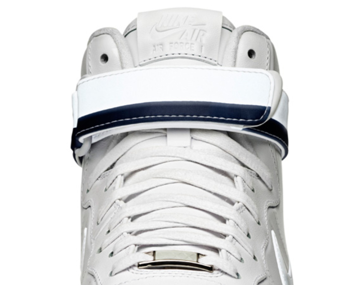 Nike-Air-Force-1-Hi-30th-Anniversary-Presidential-Edition-07