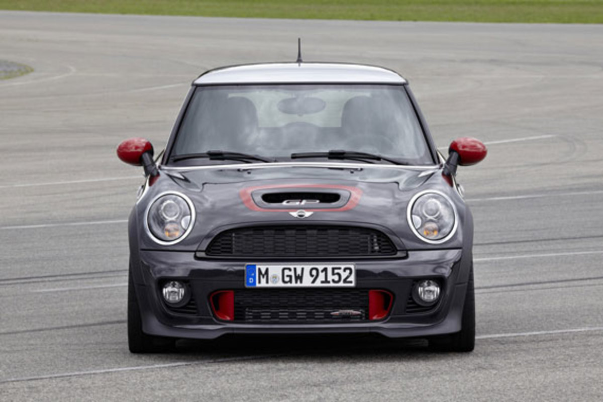 2013-mini-john-cooper-works-gp-06