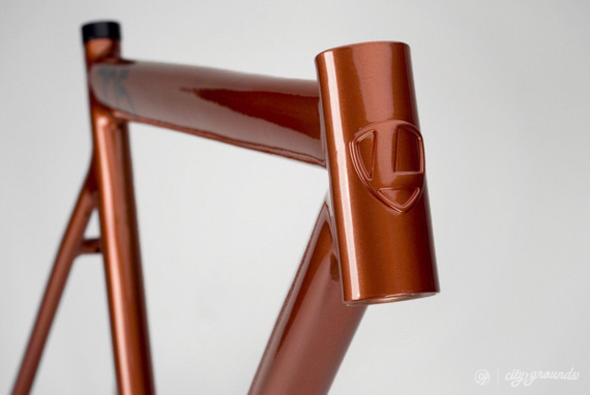 city-grounds-leader-2013-725-mid-ltd-fixed-gear-frame-05