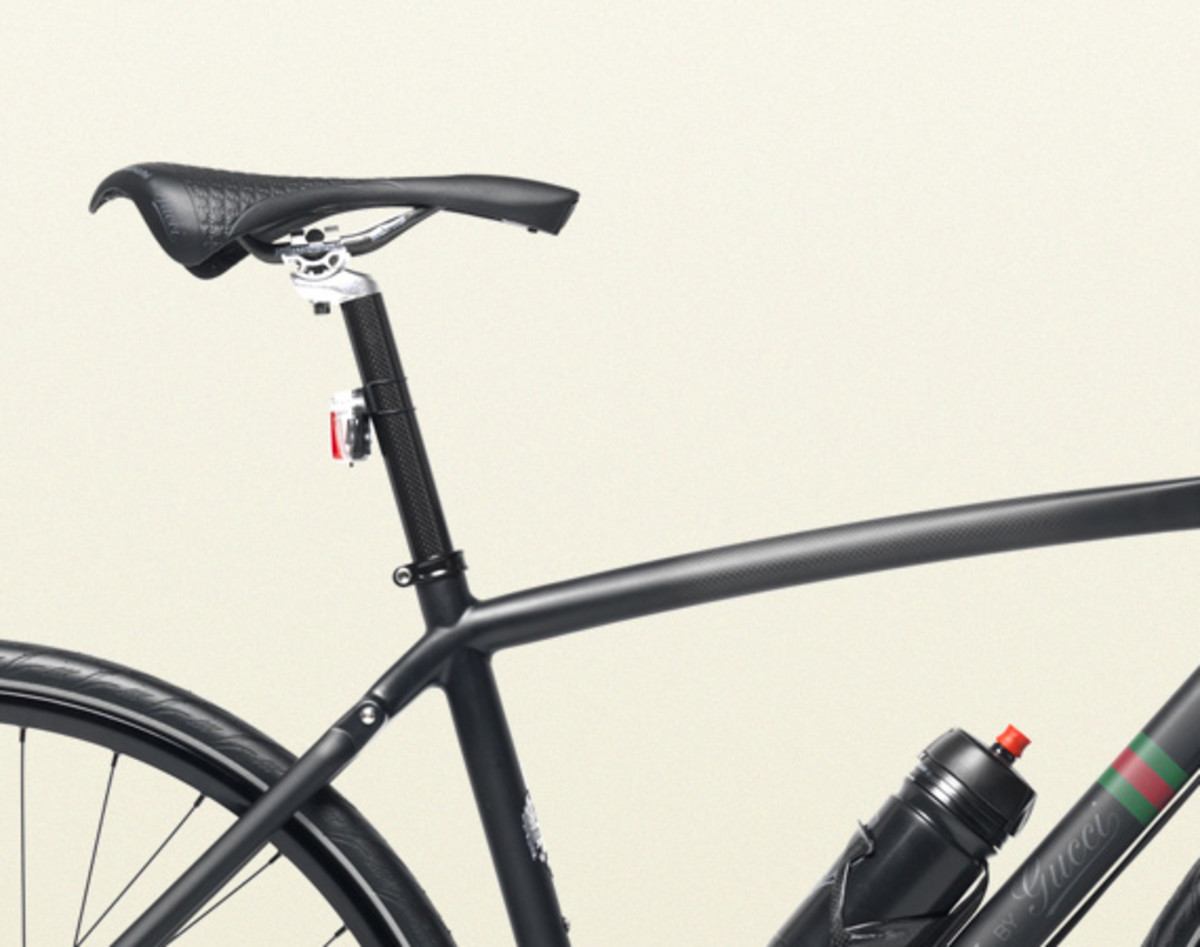 bianchi-by-gucci-carbon-fiber-urban-bicycle-07