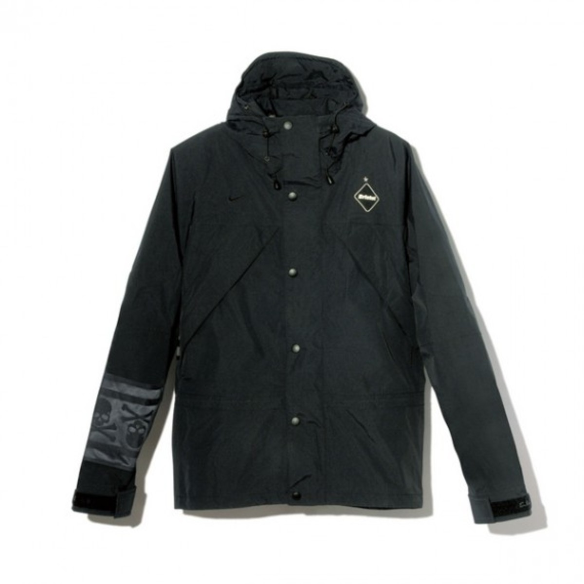 f-c-r-b-x-mastermind-japan-fallwinter-2012-outerwear-collection1