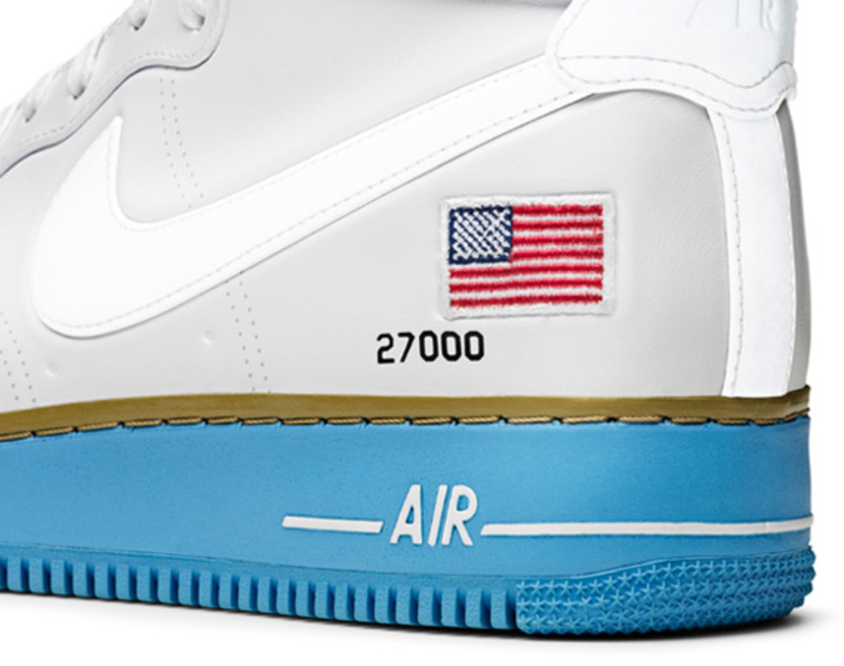 Nike-Air-Force-1-Hi-XXX-Anniversary-Presidential-Edition-08