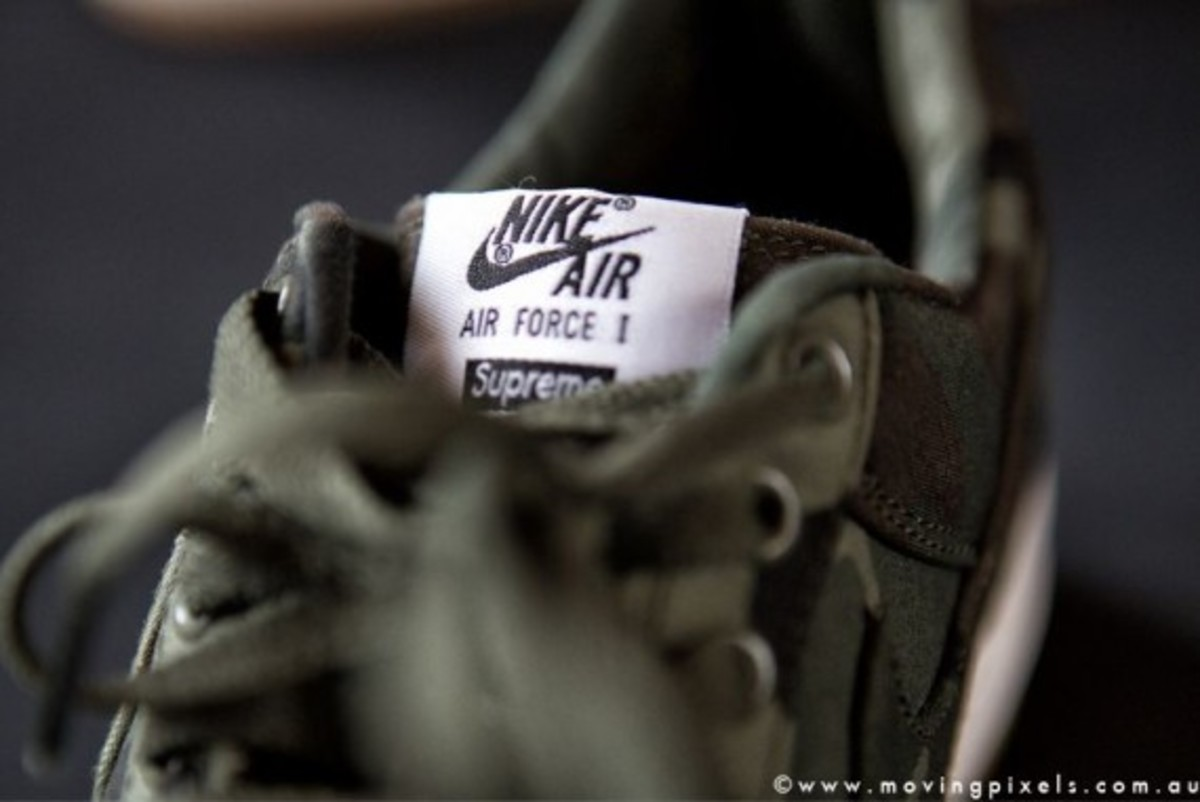 supreme-nike-air-force-one-low-camo-05