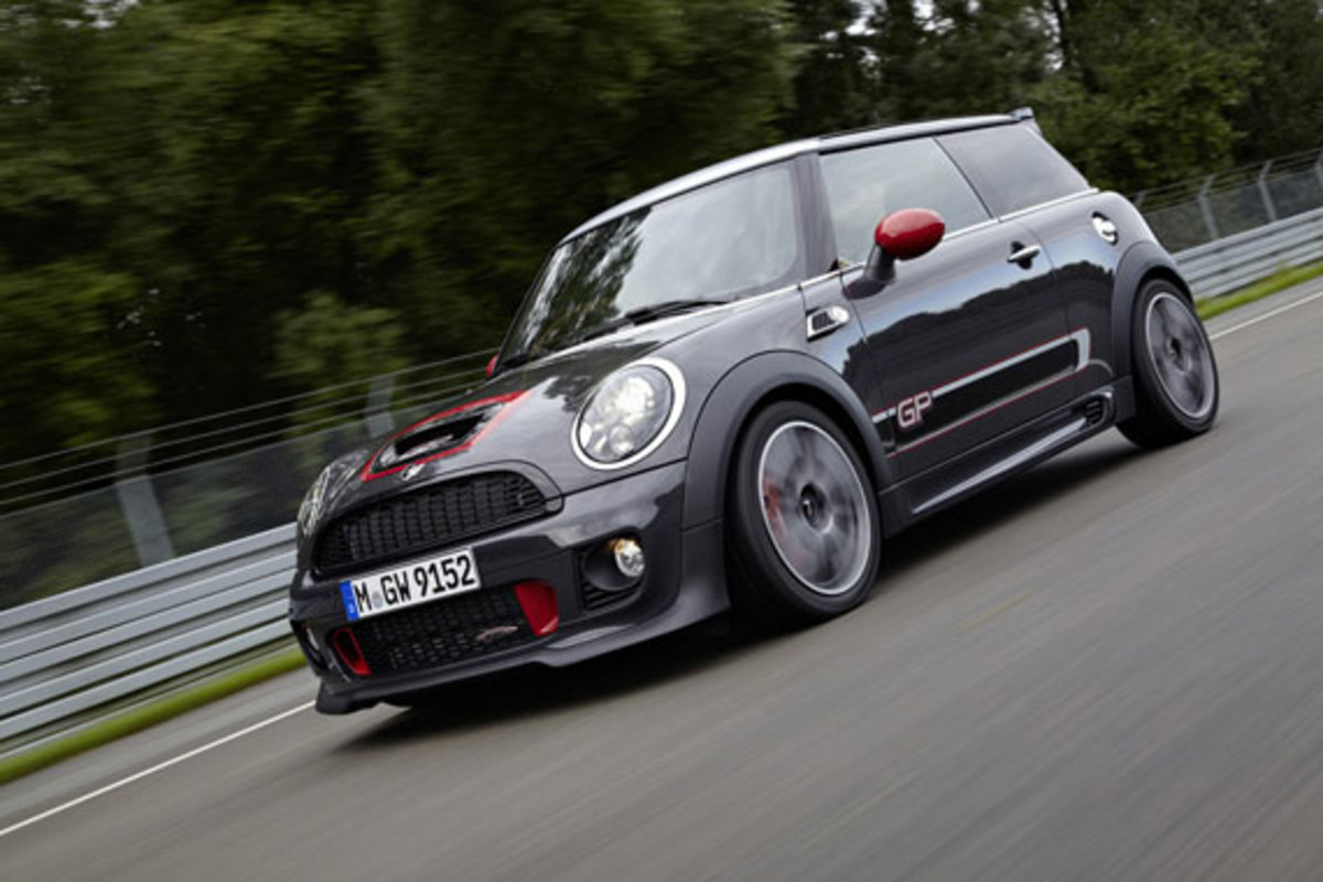 2013-mini-john-cooper-works-gp-07