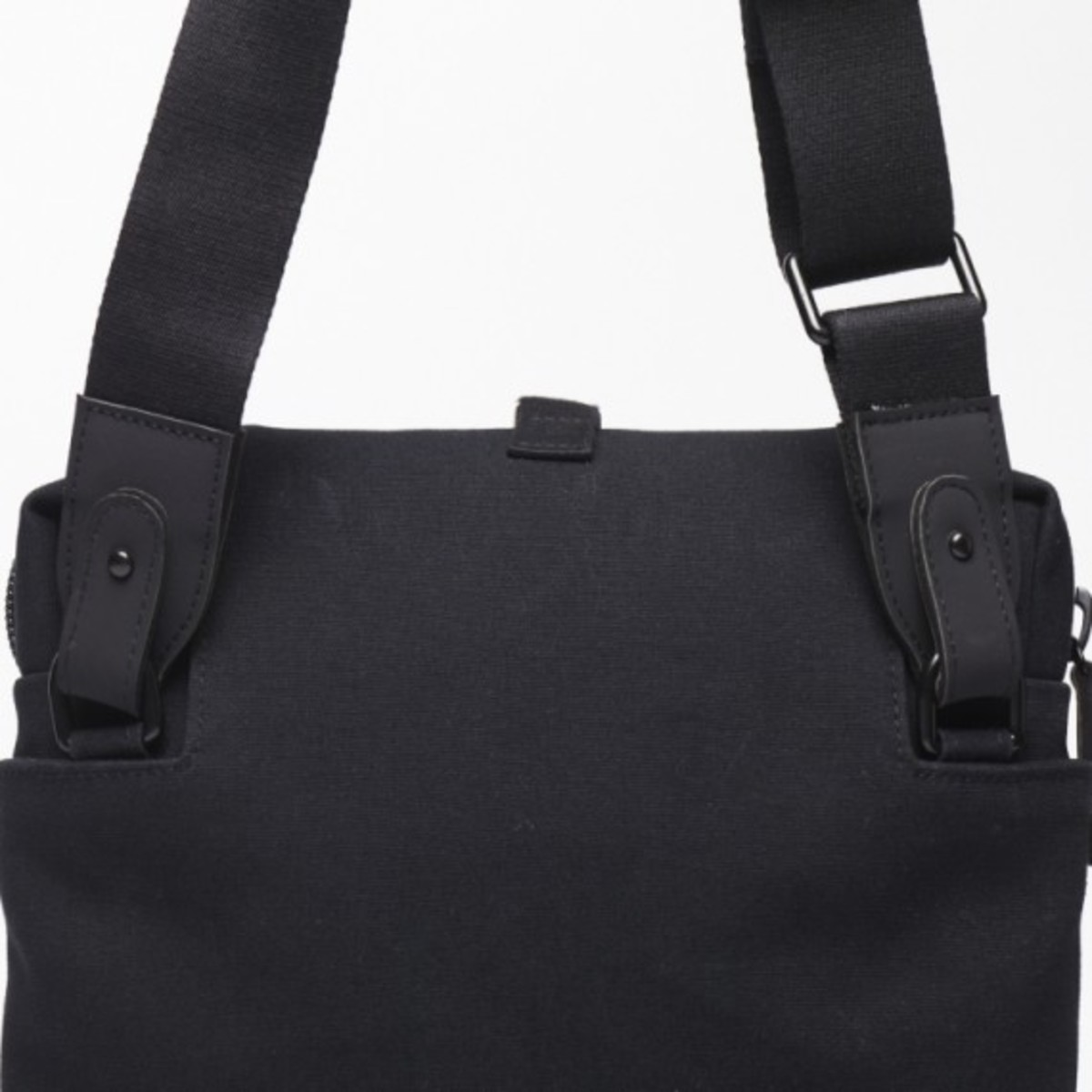 c6-bag-collection-3