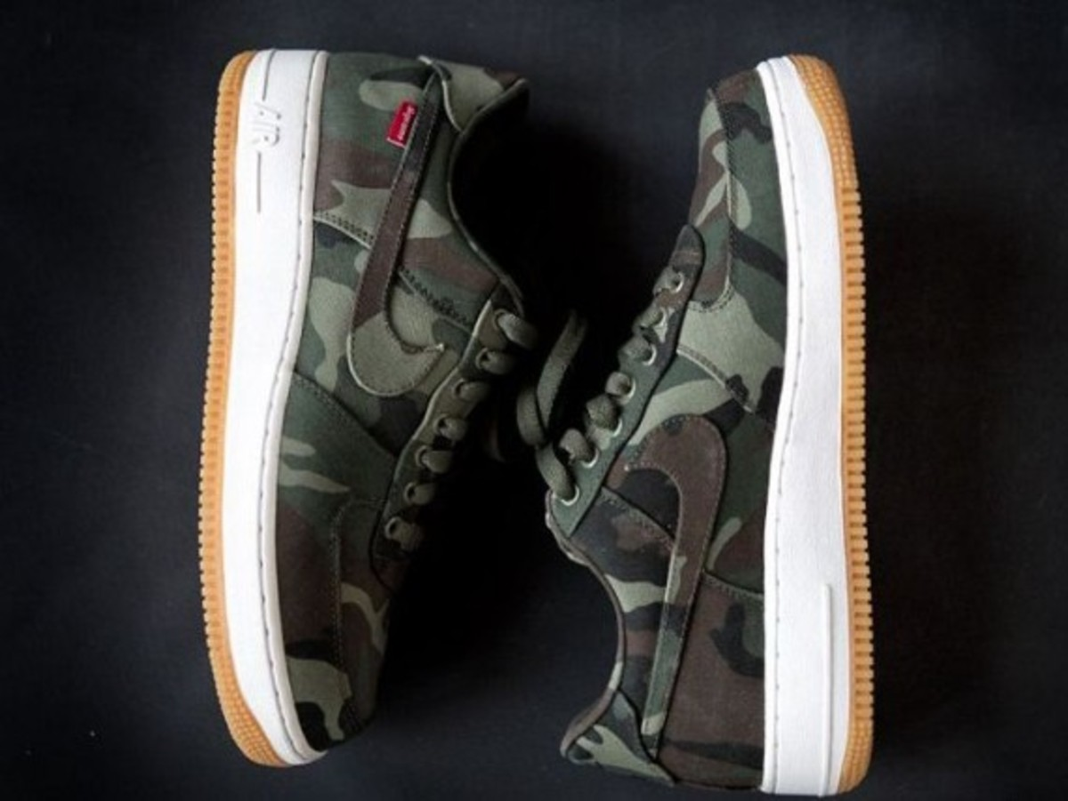 supreme-nike-air-force-one-low-camo-01