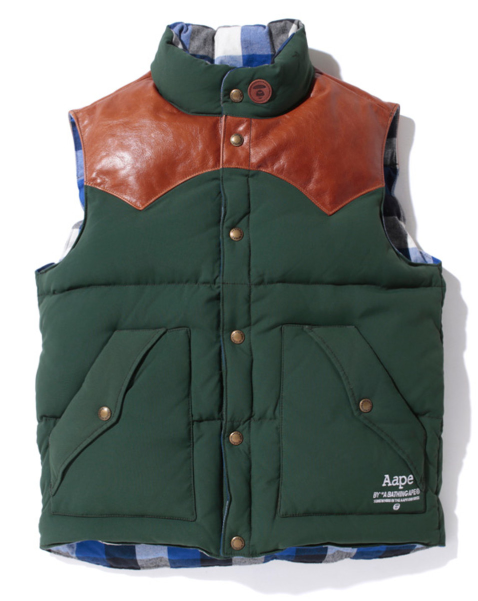 aape-outdoor-reversible-down-vest-02