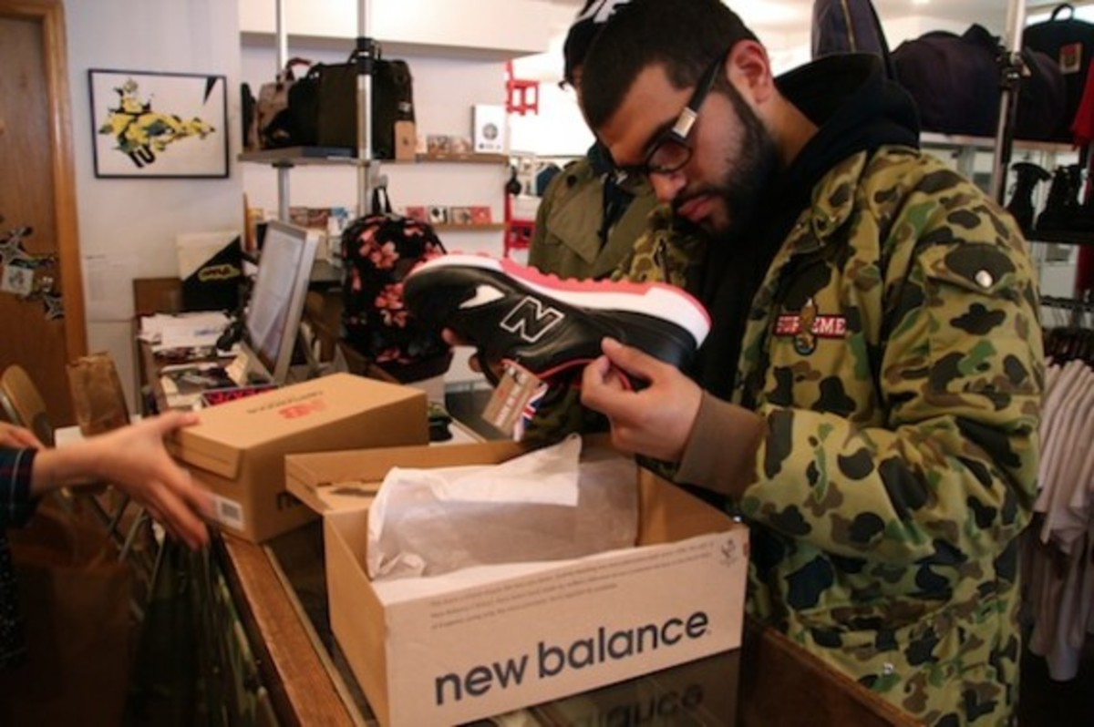 size-staple-design-new-balance-577-black-pigeon-launch-recap-05