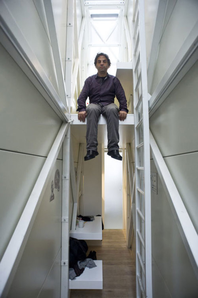 keret-house-worlds-thinnest-house-08