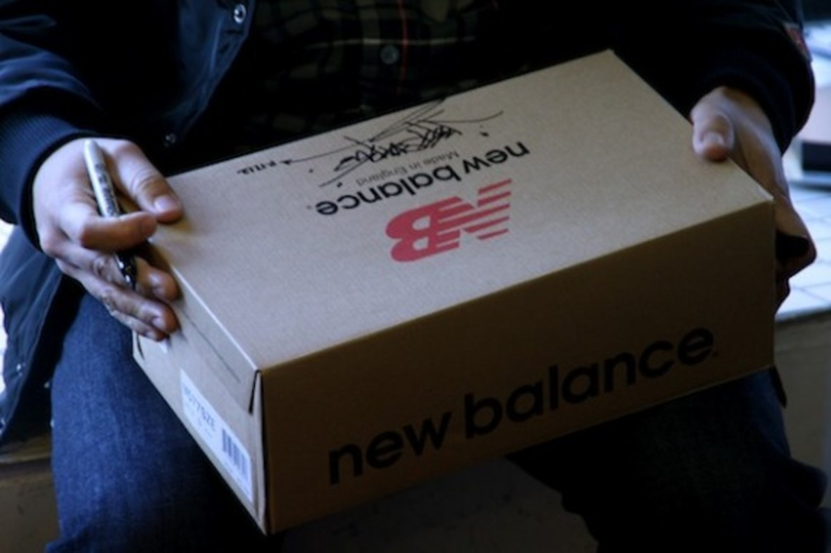 size-staple-design-new-balance-577-black-pigeon-launch-recap-10