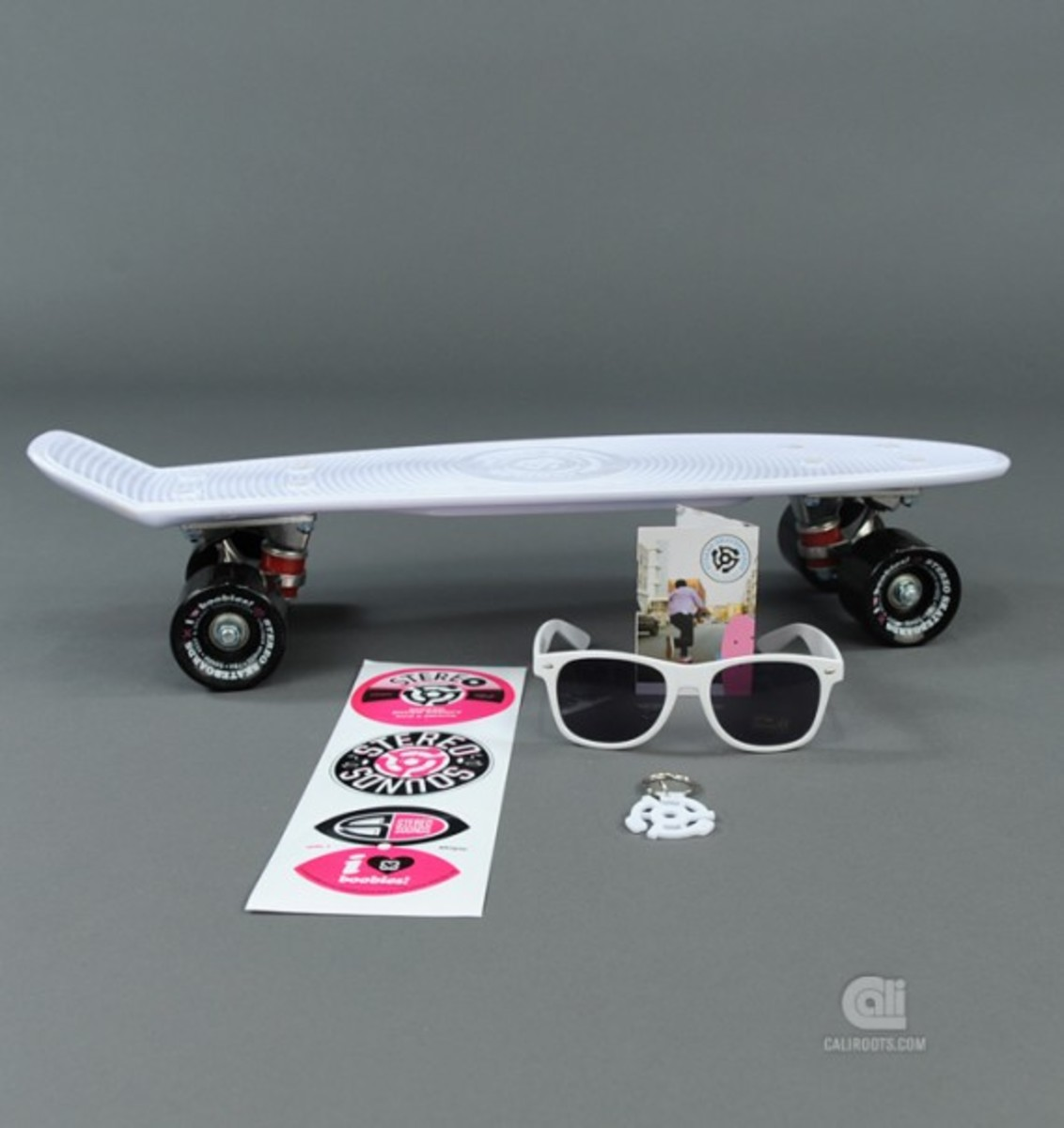 stereo-keep-a-breast-vinyl-cruiser-13