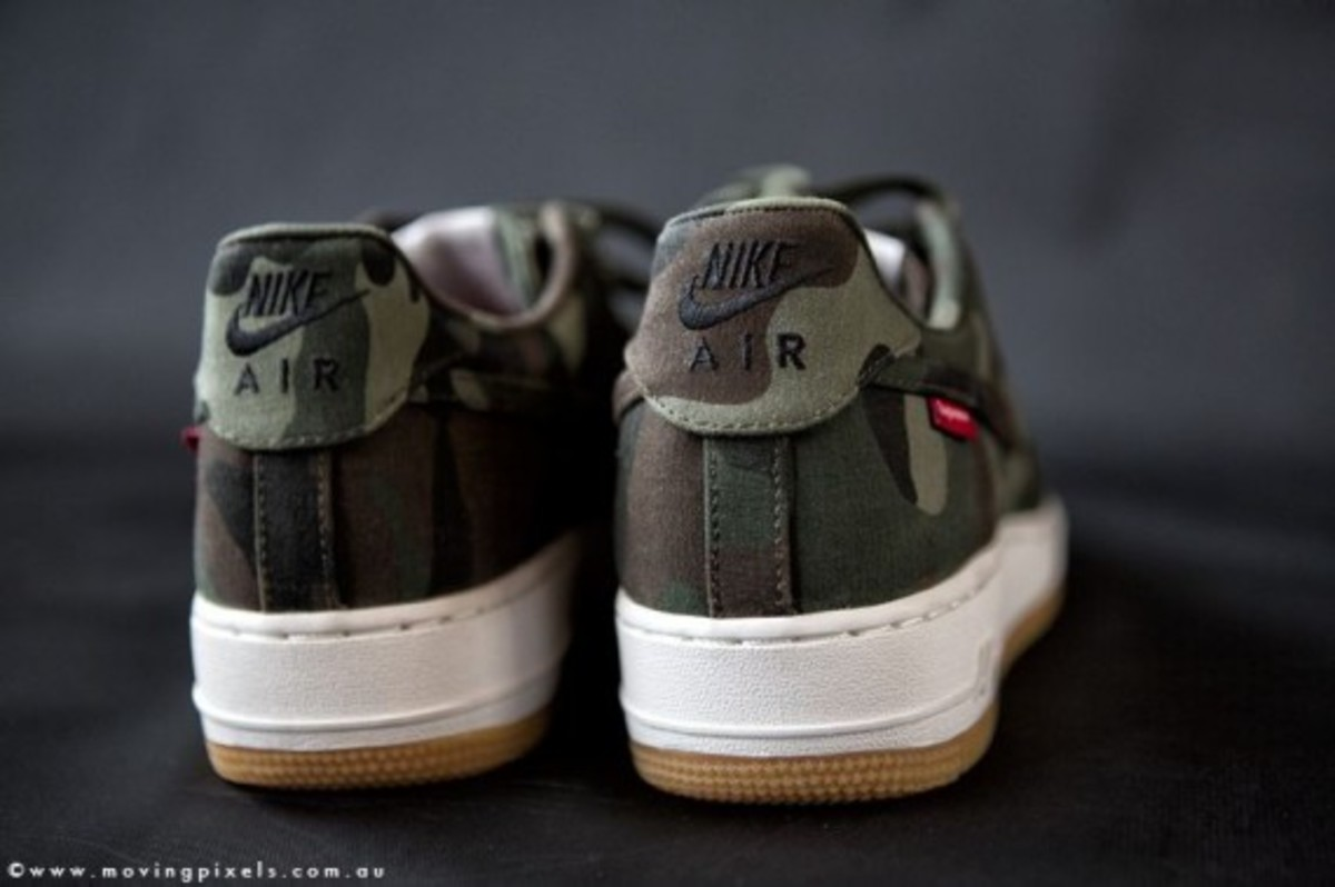 supreme-nike-air-force-one-low-camo-03