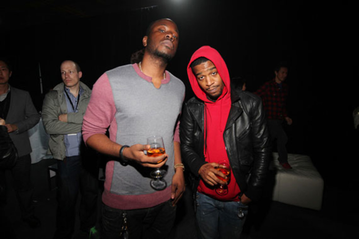 samsung-galaxy-note-II-launch-with-kanye-west-18