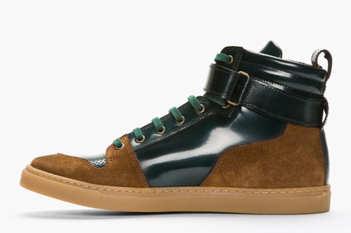 ami-dark-green-suede-trimmed-high-top-sneakers-04